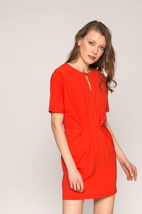 červená Answear - Šaty Spencer Dámsky