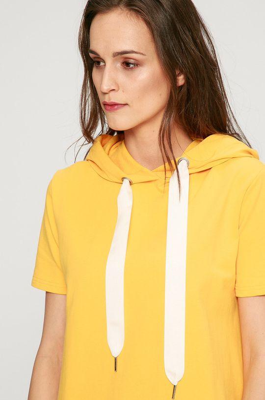 žltá Answear - Šaty