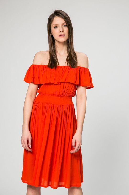 červená Answear - Šaty Petal Dámsky