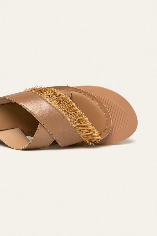 Answear - Klapki skórzane Cholewka: Materiał tekstylny, Skóra naturalna, Wnętrze: Materiał syntetyczny, Podeszwa: Materiał syntetyczny