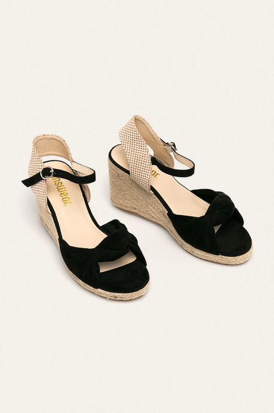 Answear - Sandále čierna