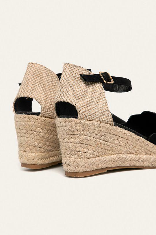 Answear - Sandále <p>  Zvršok: Textil  Vnútro: Syntetická látka  Podrážka: Syntetická látka</p>