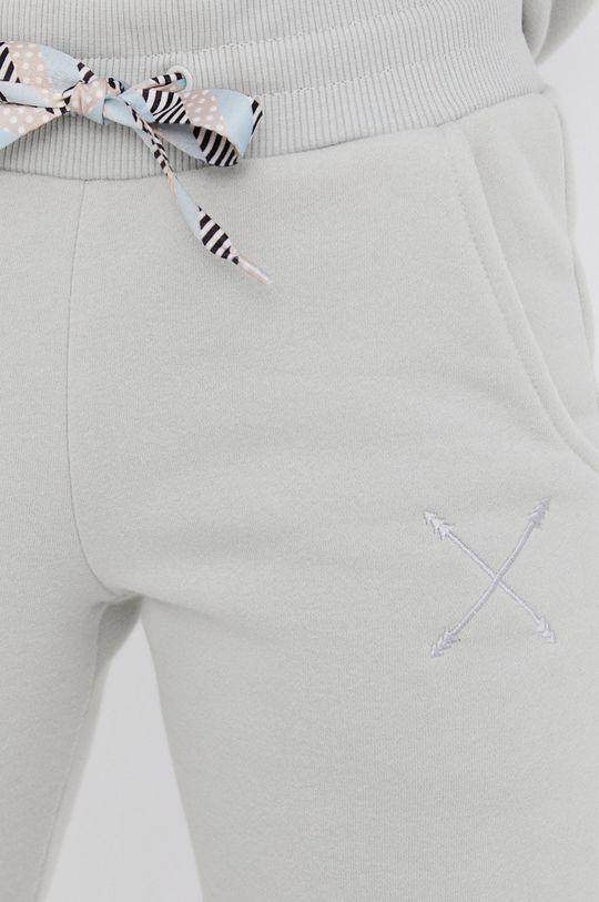 Answear Lab - Spodnie Natural Flow Damski