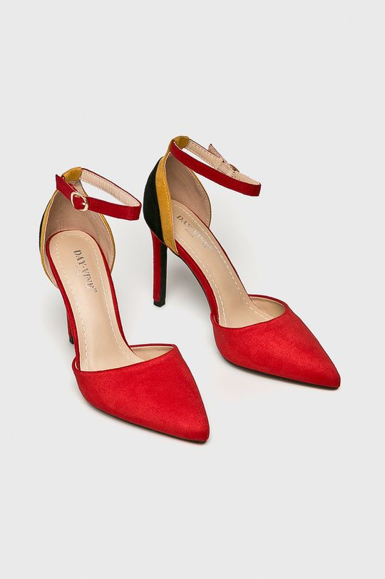 Answear - Pantofi cu toc rosu