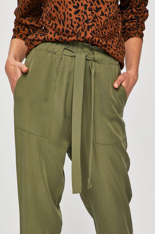 verde murdar Answear - Pantaloni