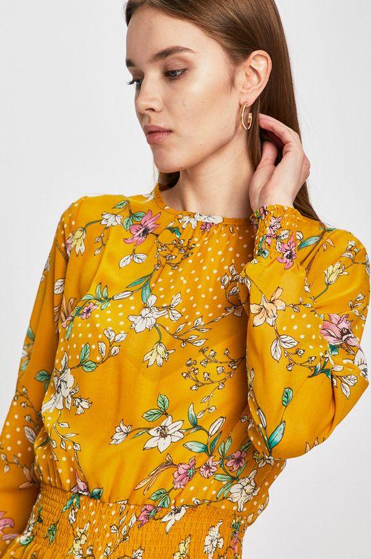 žlutá Answear - Šaty Secret Garden