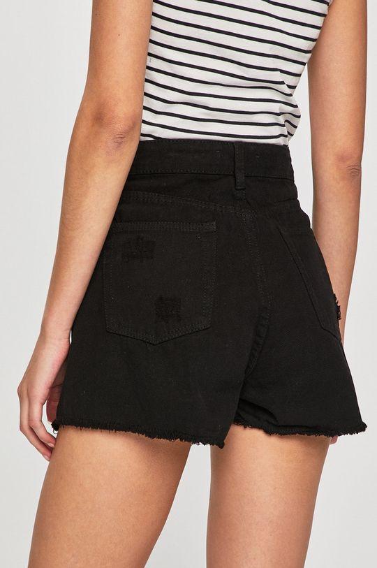 čierna Answear - Rifľové krátke nohavice