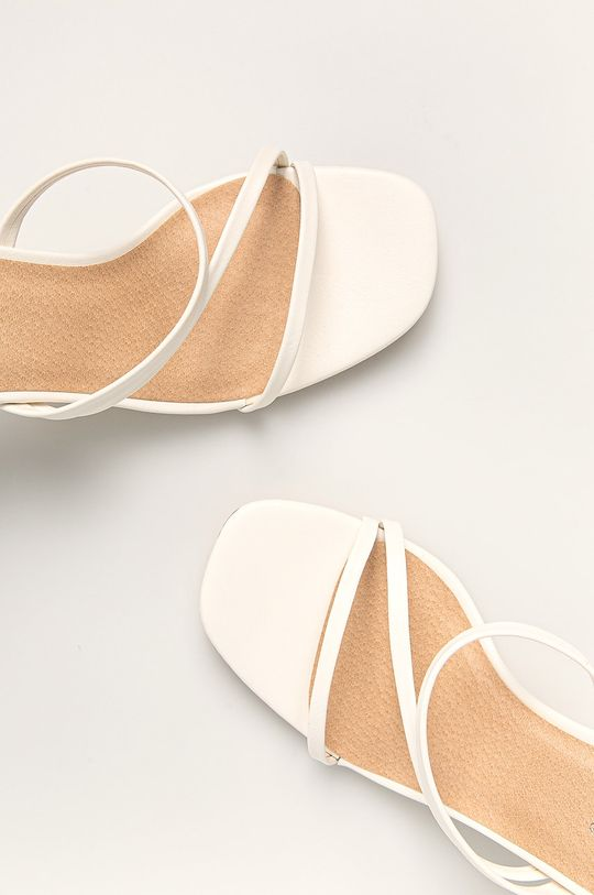 Answear - Papuci Ideal Shoes De femei