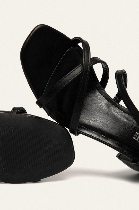 černá Answear - Sandály Kerline