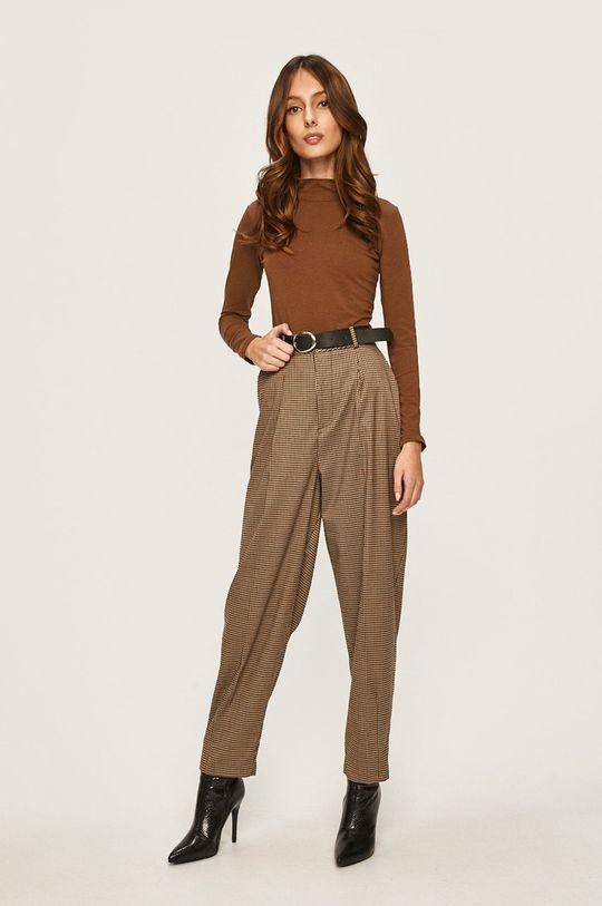 Answear - Pantaloni maro