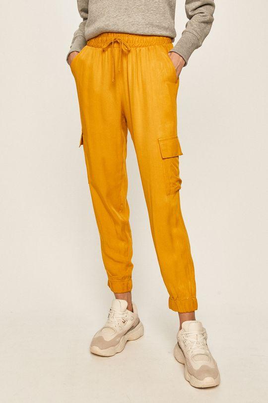 жълт Answear - Панталони