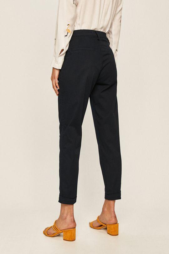 Answear - Kalhoty 98% Bavlna, 2% Elastan