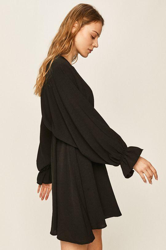 černá Answear - Šaty Dámský