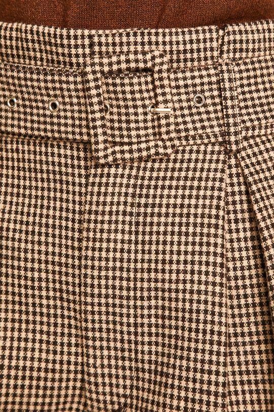 maro Answear - Pantaloni scurti