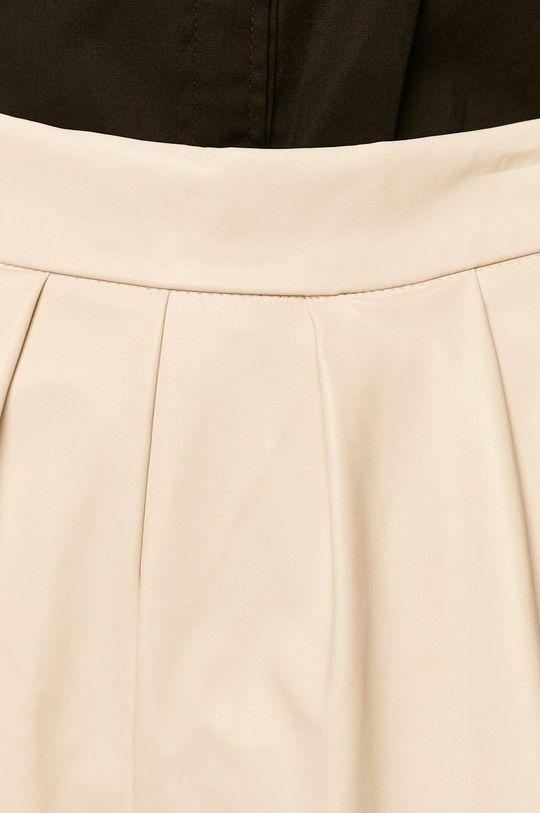 Answear - Pantaloni scurti De femei