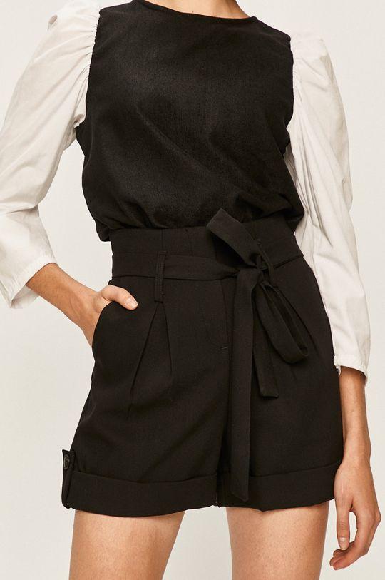 negru Answear - Pantaloni scurti De femei