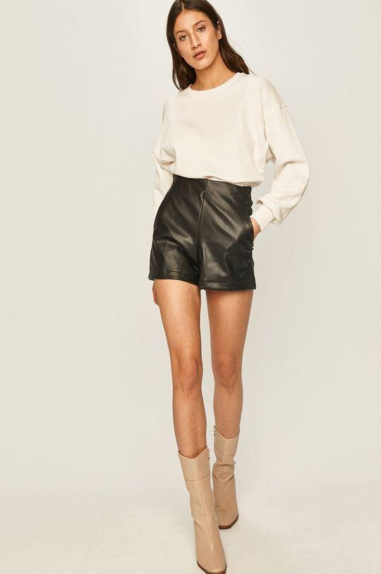 Answear - Pantaloni scurti negru