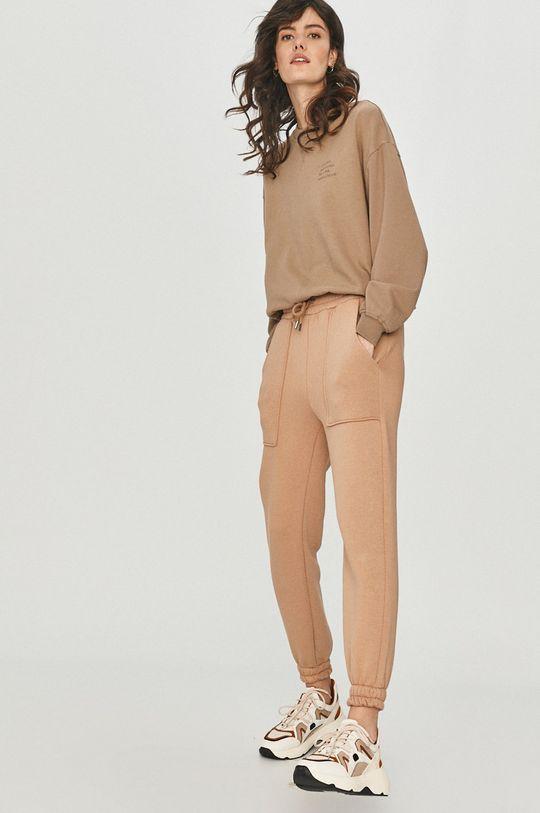 Answear Lab - Pantaloni bej