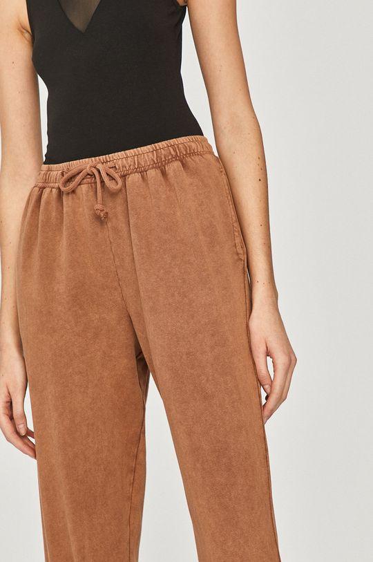 hnědá Answear Lab - Kalhoty