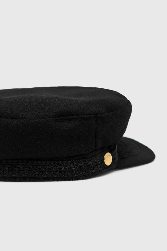 Answear - Čiapka so šiltom čierna