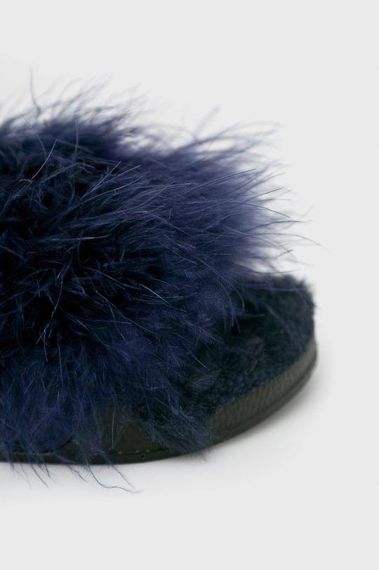 Answear - Šľapky <p>Zvršok: Textil Vnútro: Textil Podrážka: Syntetická látka</p>