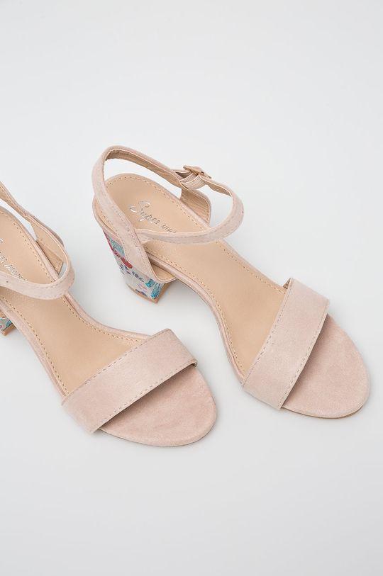 Answear - Sandále Super Women