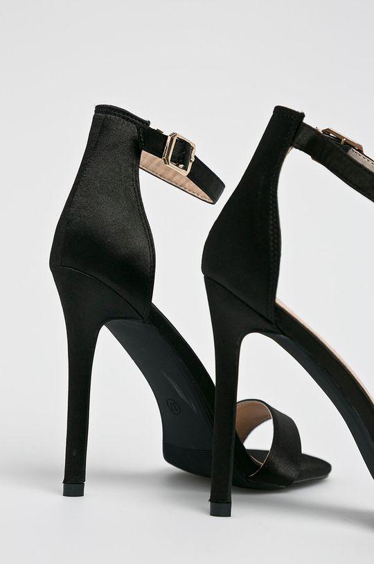 Answear - Sandále Viadante <p>Zvršok: Textil Vnútro: Syntetická látka Podrážka: Syntetická látka</p>