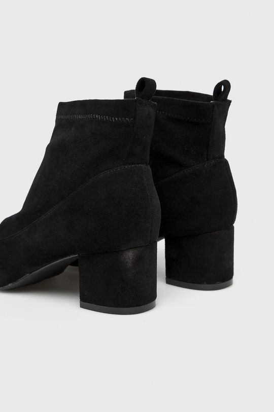 čierna Answear - Čižmy Bellucci