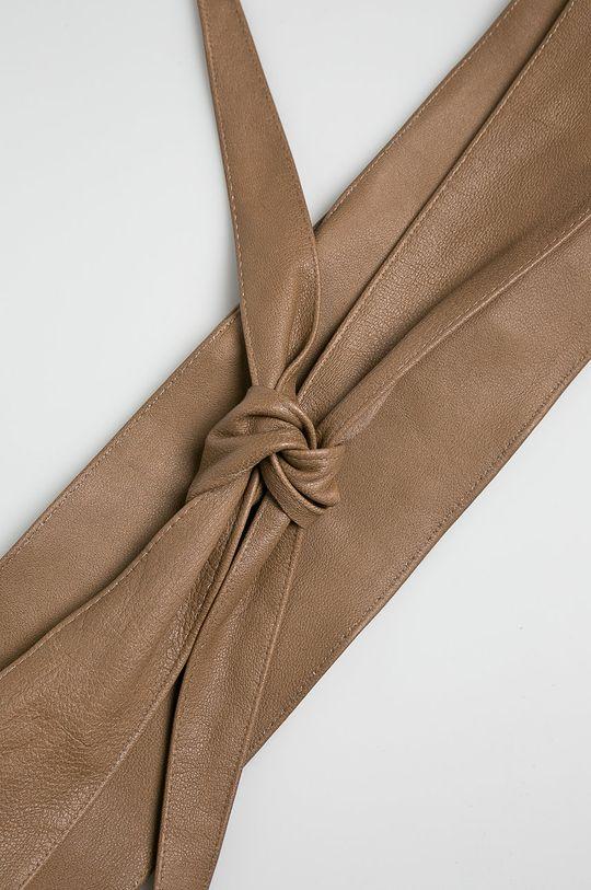 Answear - Kožený opasok béžová