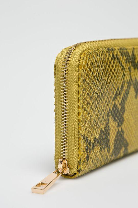 Answear - Kožená peňaženka žltá