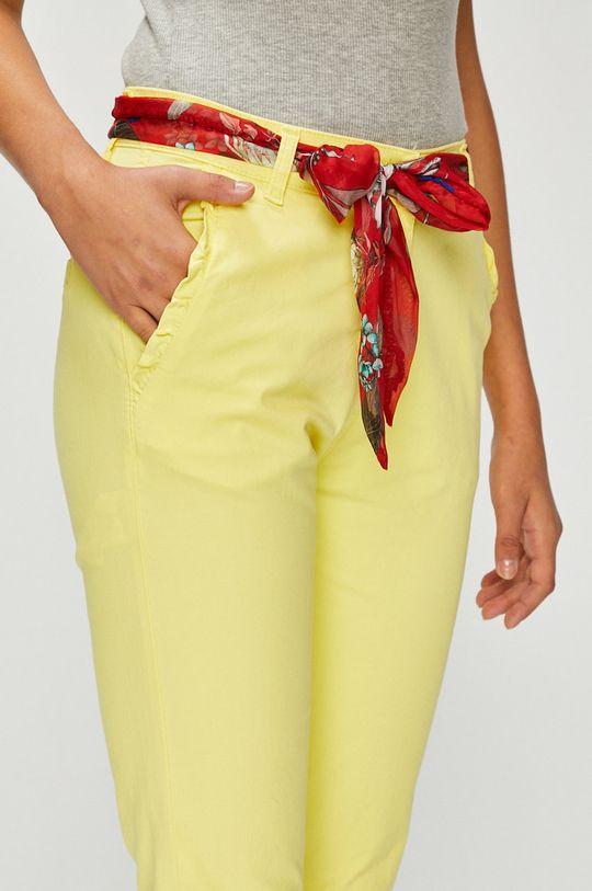 Answear - Pantaloni Materialul de baza: 95% Bumbac, 5% Elastan