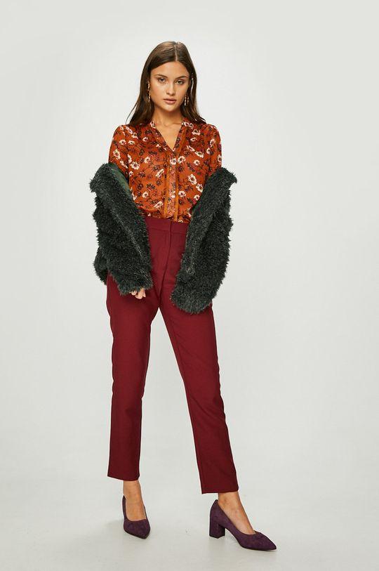 Answear - Pantaloni castan