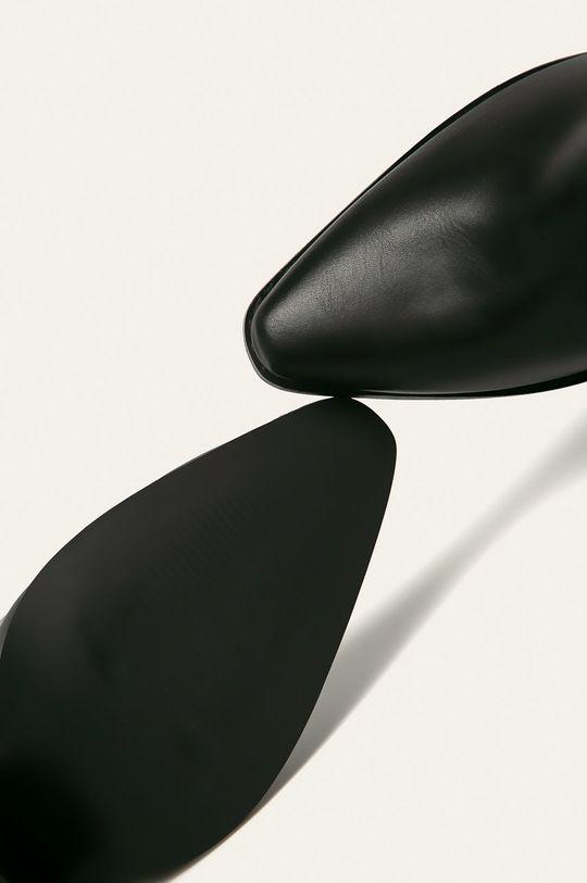 Answear - Botine Gamba: Material sintetic Interiorul: Material textil Talpa: Material sintetic