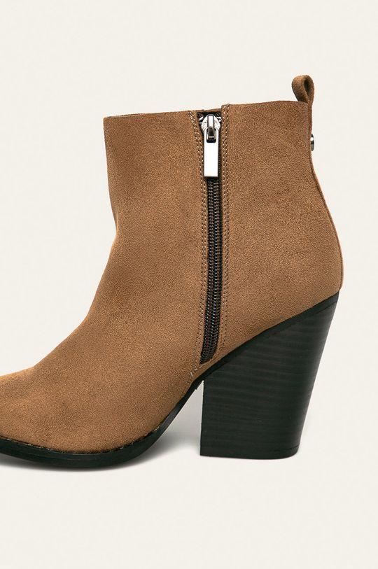 Answear - Členkové topánky  Zvršok: Textil Vnútro: Textil Podrážka: Syntetická látka