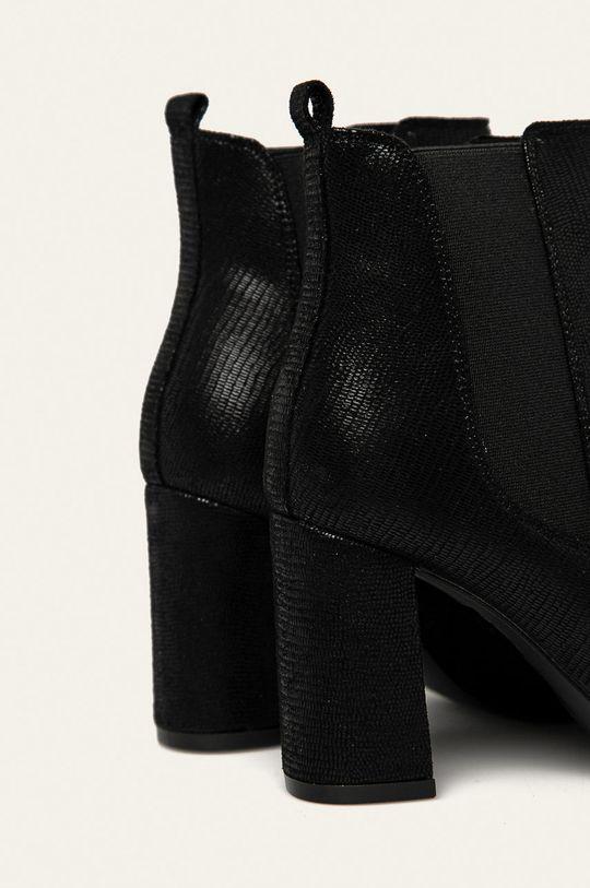 Answear - Nízké kozačky Svršek: Textilní materiál Vnitřek: Textilní materiál Podrážka: Umělá hmota