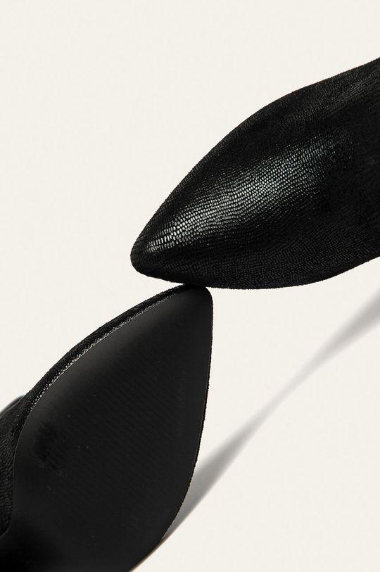 černá Answear - Nízké kozačky