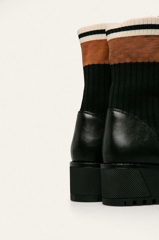 Answear - Botine Gamba: Material textil, Poliuretan Interiorul: Material sintetic, Material textil Talpa: Material sintetic