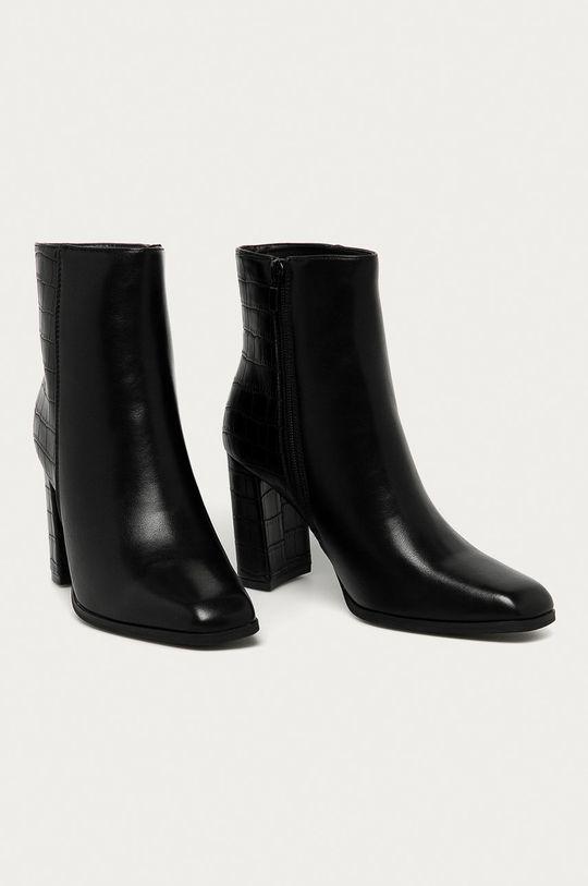 Answear Lab - Členkové topánky Fashion&Bella čierna