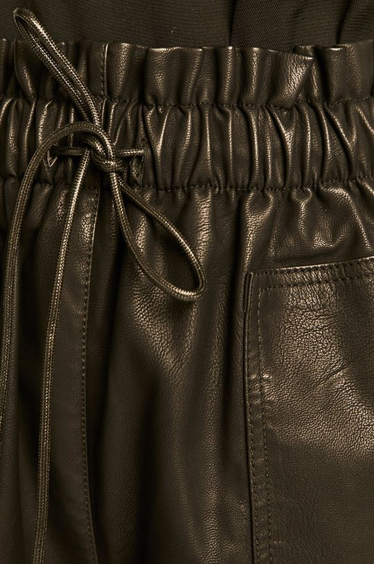 černá Answear - Kraťasy