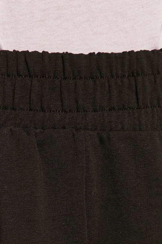 Answear Lab - Pantaloni scurti De femei