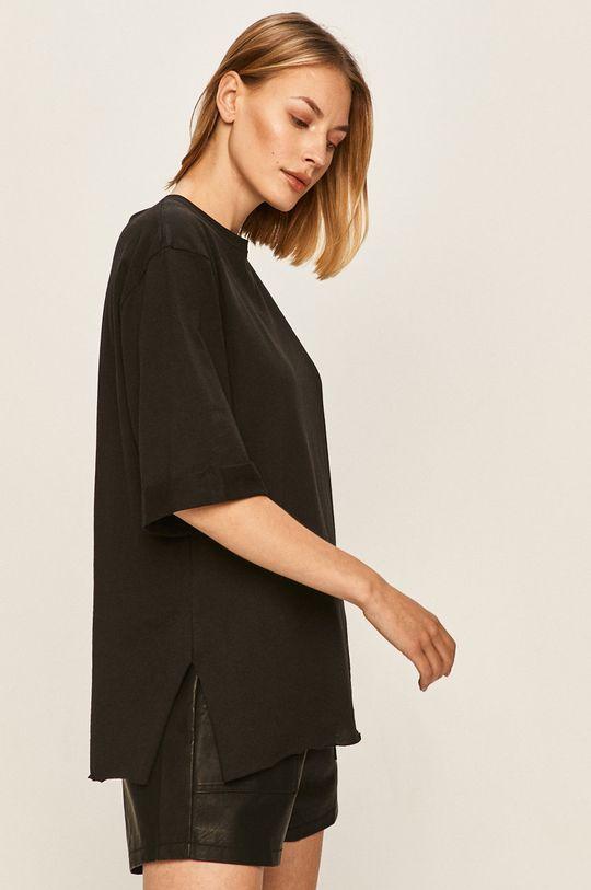 černá Answear - Tričko