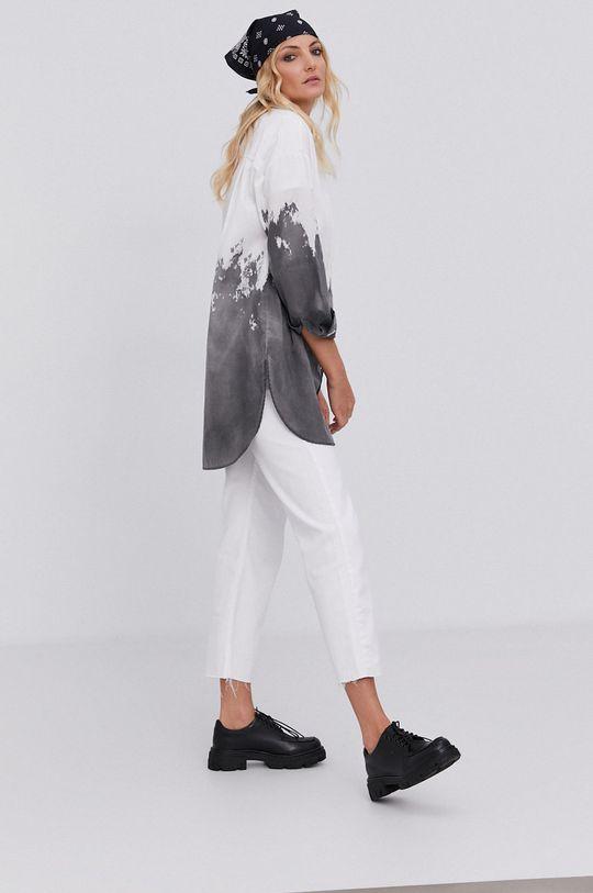 Koszula answear.LAB X kolekcja limitowana GIRL POWER, model HAND DYED biały
