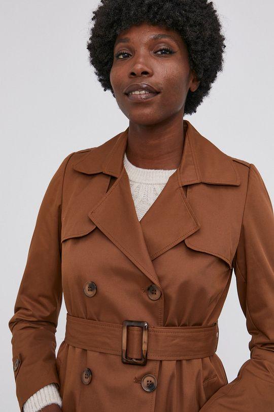 zlatohnědá Answear Lab - Trench kabát
