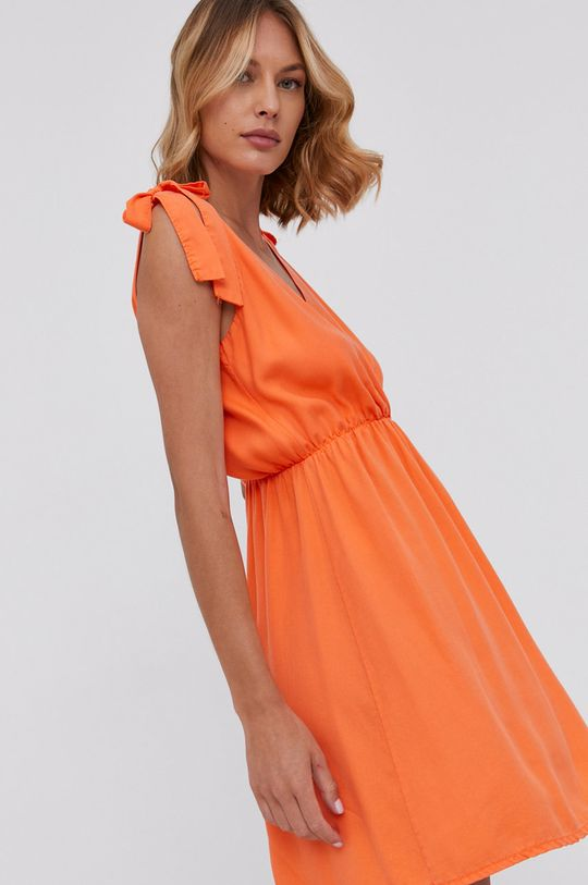 oranžová Answear Lab - Šaty Dámský