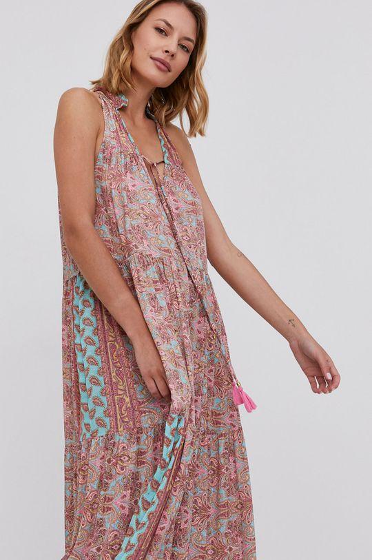 pastelově růžová Answear Lab - Hedvábné šaty Silk Blend