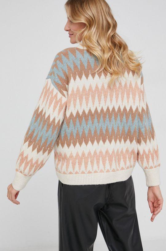 Answear Lab - Sweter z domieszką wełny 10 % Moher, 50 % Poliester z recyklingu, 10 % Wełna, 30 % Wiskoza