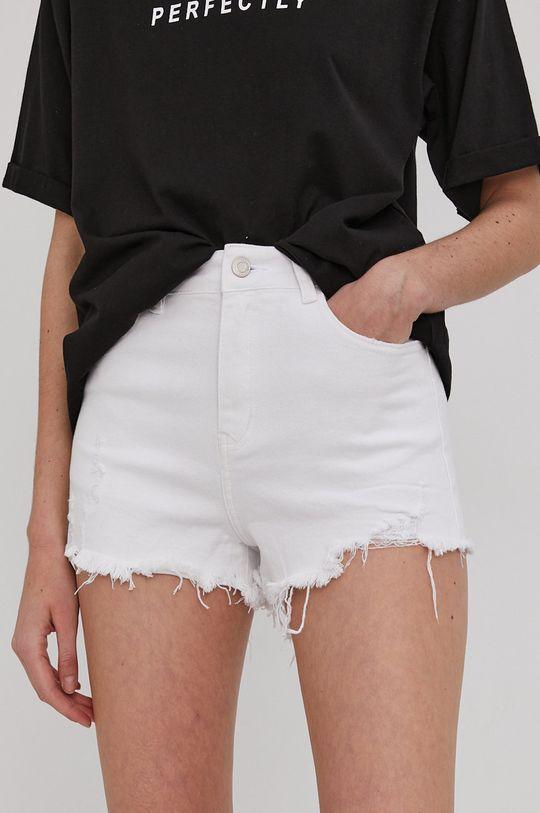 biela Answear Lab - Rifľové krátke nohavice Dámsky