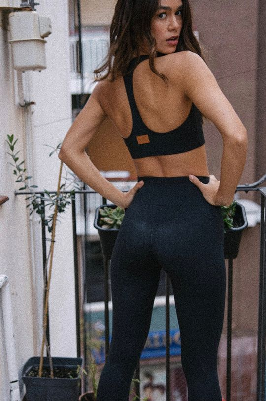 MUUV - Biustonosz sportowy Basic czarny