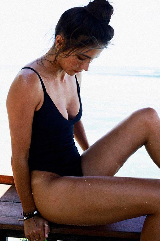 MUUV - Plavky Cleavage Plunge čierna
