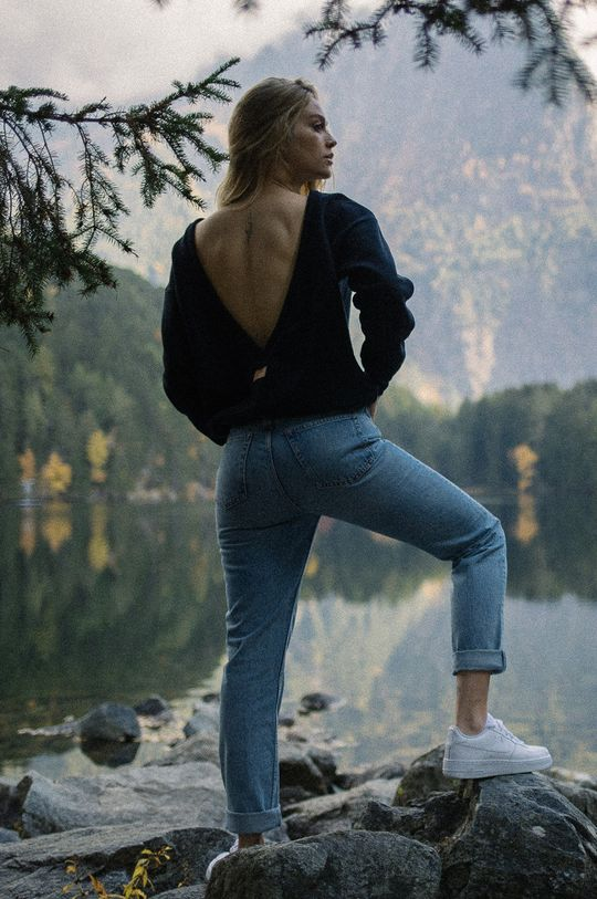 MUUV - Bluza bawełniana Soft Touch czarny